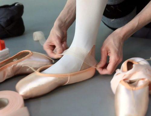 Come si preparano le scarpe da punta?  il video della Royal Opera House